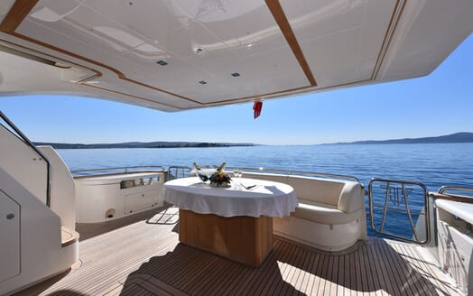 Motor Yacht JUST MINE Aft Deck Champagne