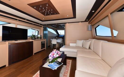Motor Yacht JUST MINE Main Saloon TV