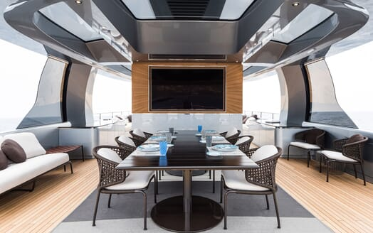 Motor Yacht 1OF7 dining area