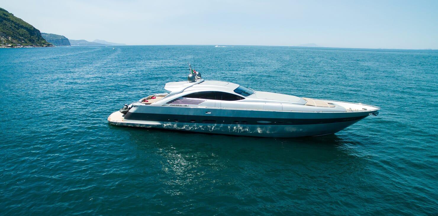 Motor Yacht Cinque