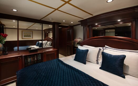Motor Yacht KALIZMA Guest Double Stateroom