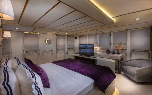 Motor Yacht KALIZMA Master Stateroom TV