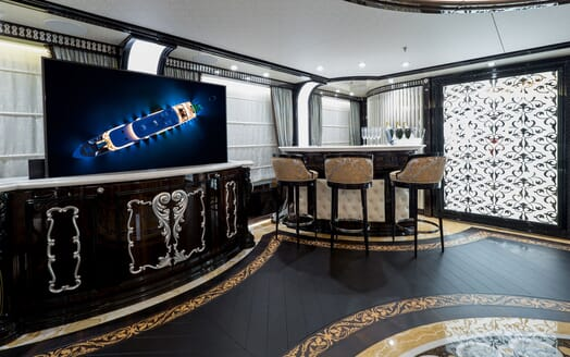 Motor Yacht ELEMENTS Staircase