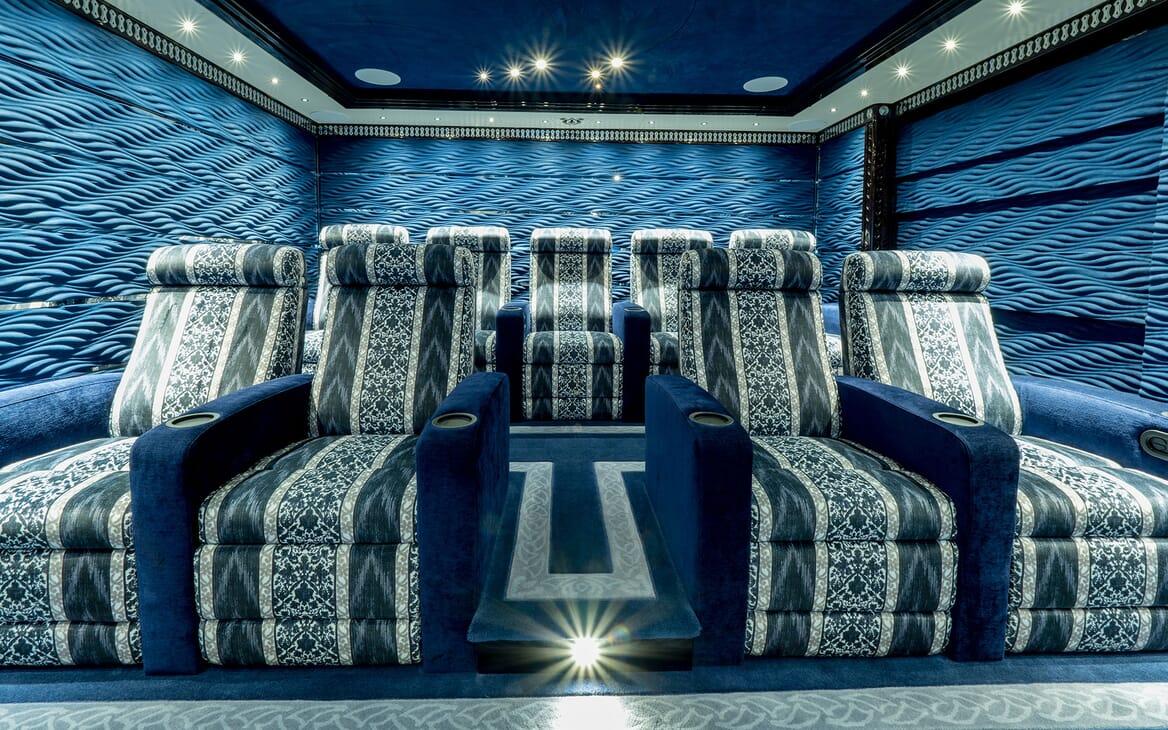 Motor Yacht ELEMENTS Cinema