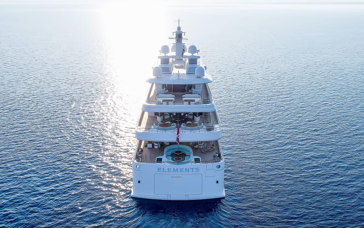 Motor Yacht ELEMENTS Master Stateroom