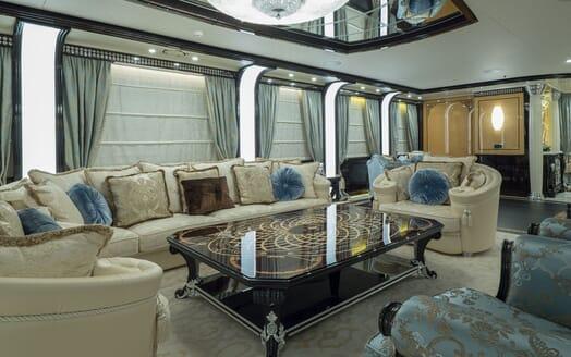 Motor Yacht ELEMENTS Upper Saloon
