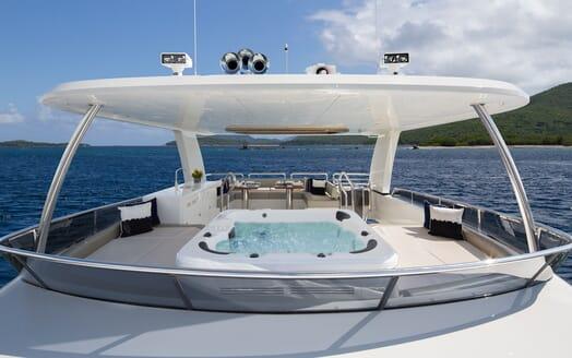 Motor Yacht Sugaray top deck