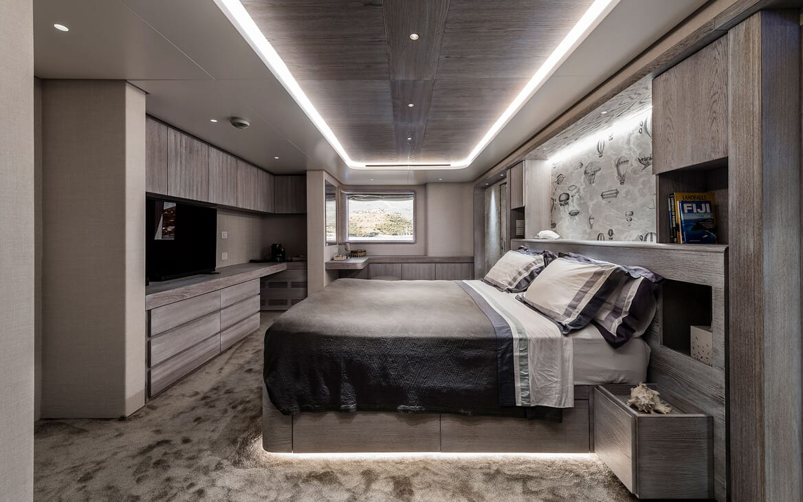 Motor Yacht OUR WAY Master Stateroom