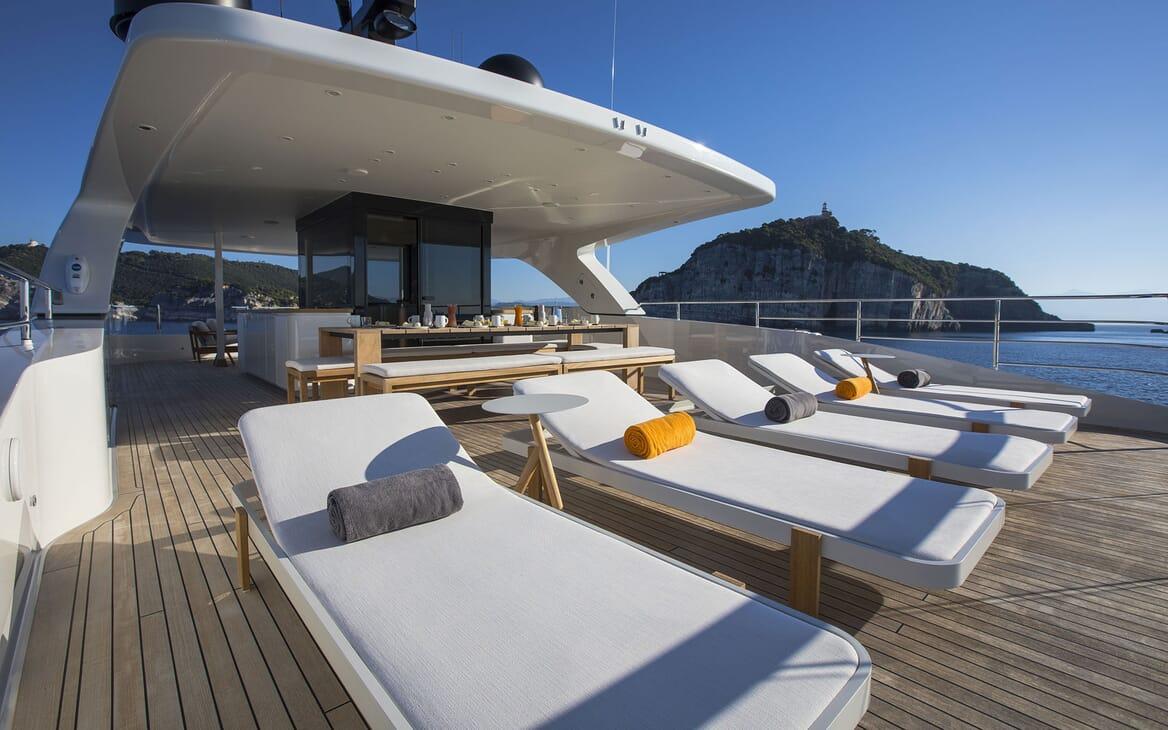 Motor Yacht MOKA Sun Deck Aft