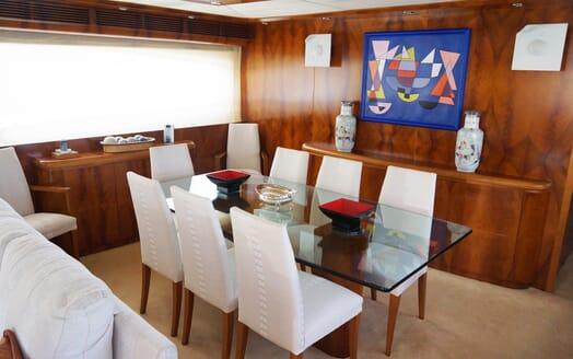 Motor Yacht Illa dining area