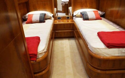 Motor Yacht Illa twin cabin