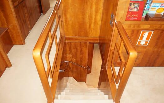 Motor Yacht Illa stairwell