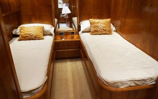 Motor Yacht Illa twin stateroom