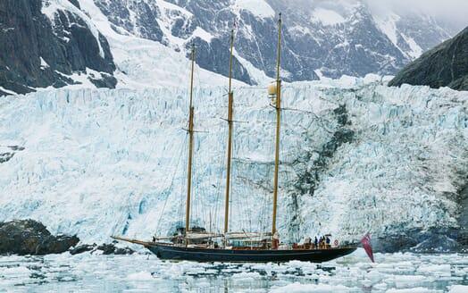 Sailing Yacht SHENANDOAH Ice