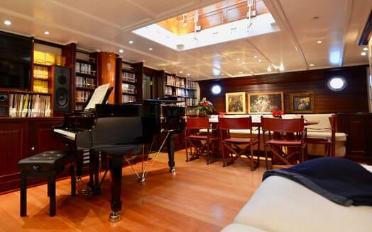 Sailing Yacht SHENANDOAH Piano and Dining