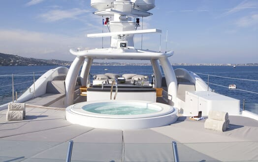 Motor yacht Spirit jacuzzi and lounge area with seaviews
