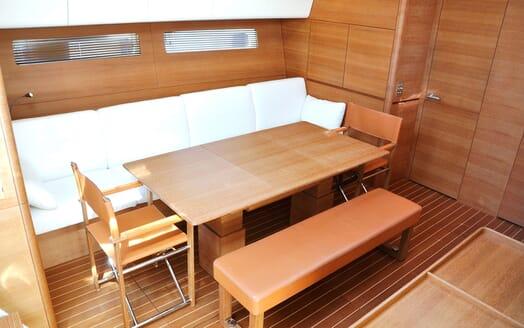 Sailing Yacht SAPMA Dining Table