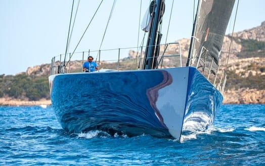 Sailing Yacht Inti3 setting off