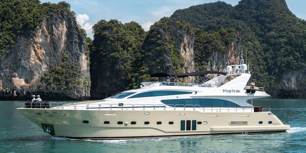 Motor Yacht MIA KAI Profile