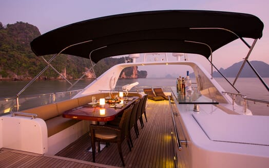 Motor Yacht MIA KAI Evening Sun Deck and Bar