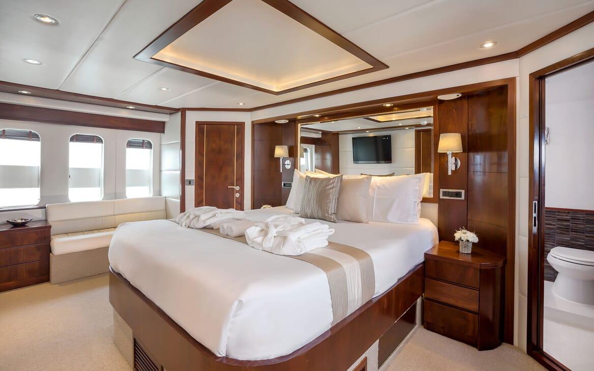 Motor Yacht MIA KAI Master Stateroom