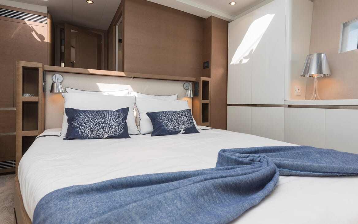 Sailing Yacht Allegro master cabin