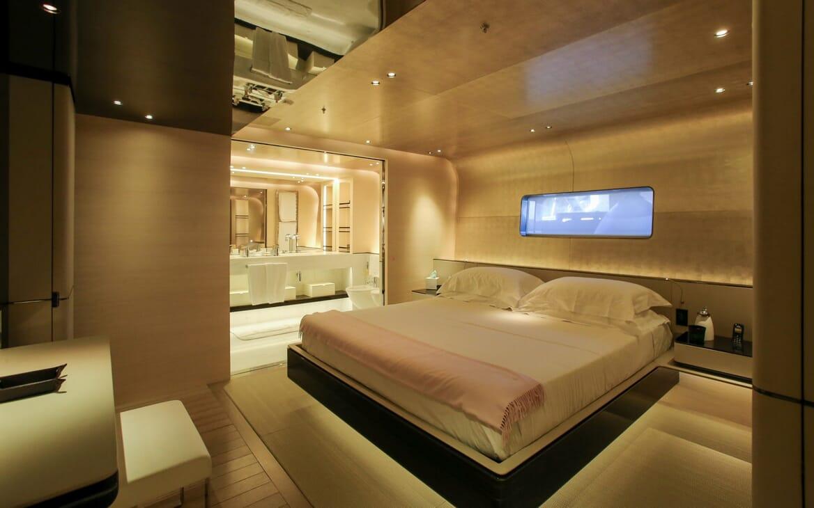 Motor Yacht Aslec 4 master cabin