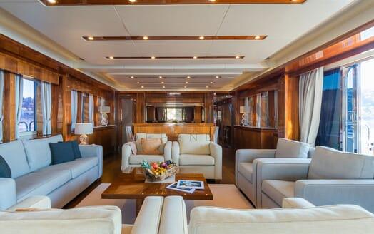 Motor Yacht MAORA Main Saloon