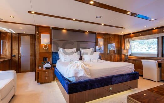 Motor Yacht MAORA Master Stateroom