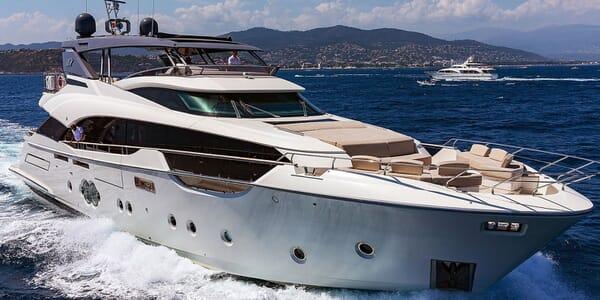 Motor Yacht EMERALDA OF THE SEAS Bow Hero Underway