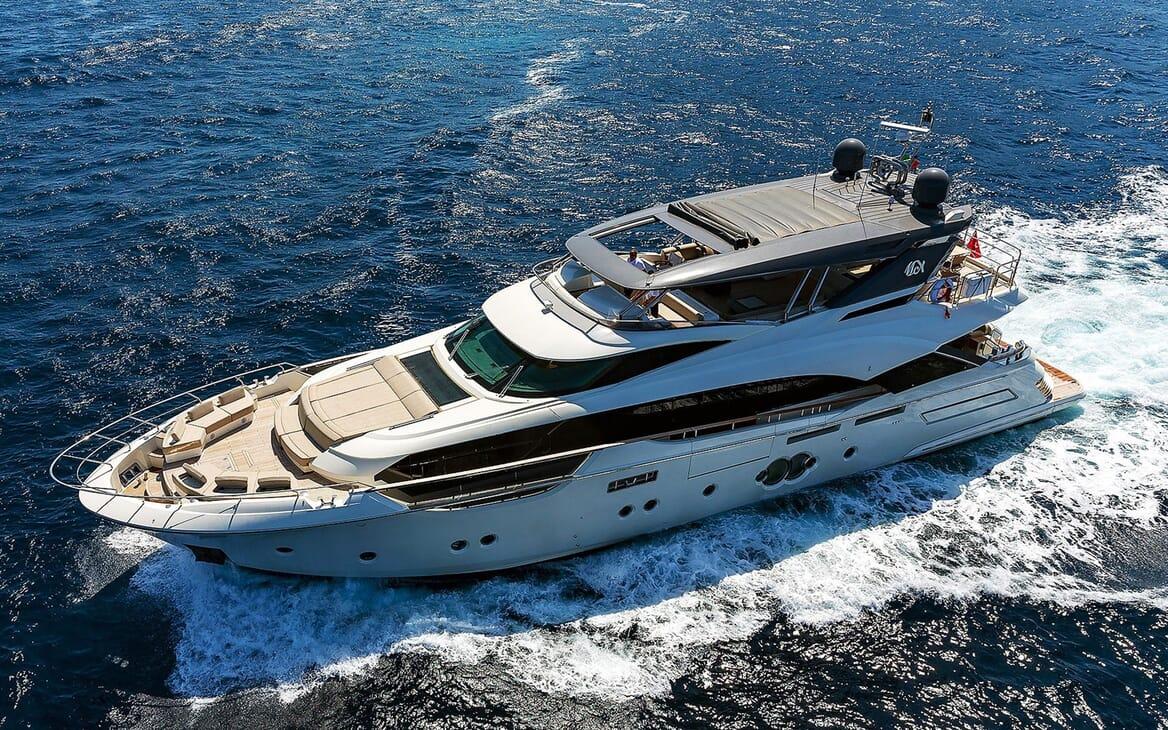 Motor Yacht EMERALDA OF THE SEAS Exterior Profile