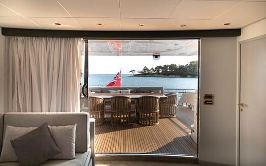 Motor Yacht POZITRON Main Saloon to Aft Deck