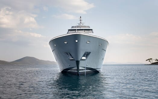 Motor Yacht POZITRON Bow
