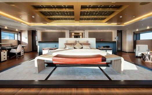Motor Yacht ILLUSION PLUS Master Stateroom 2
