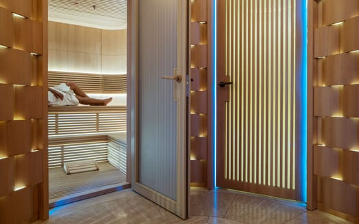 Motor Yacht ILLUSION PLUS Sauna