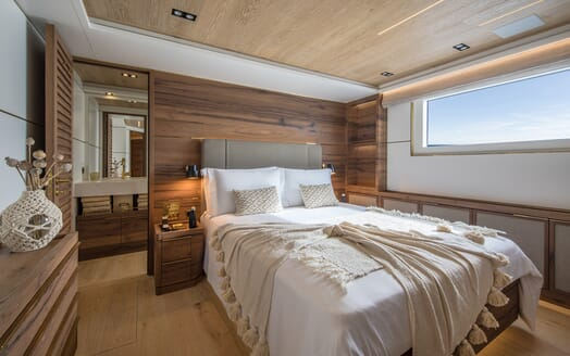 Motor Yacht Mimi La Sardine Guest Double Stateroom
