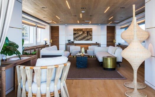 Motor Yacht Mimi La Sardine Saloon