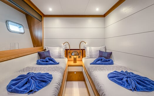 Motor Yacht Couach 3707 Saloon and Dining Layout 2