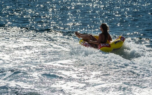 Motor Yacht Sky twin cabin