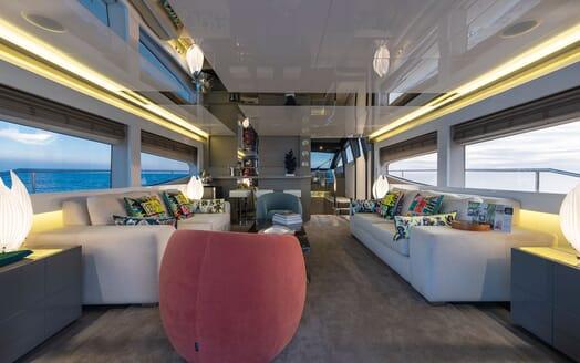 Motor Yacht Sky