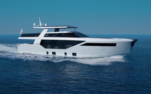 Motor Yacht LUXI95 underway