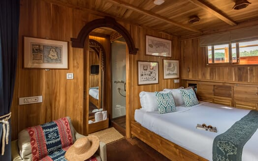 Motor Sailer Sequoia Guest Double Stateroom