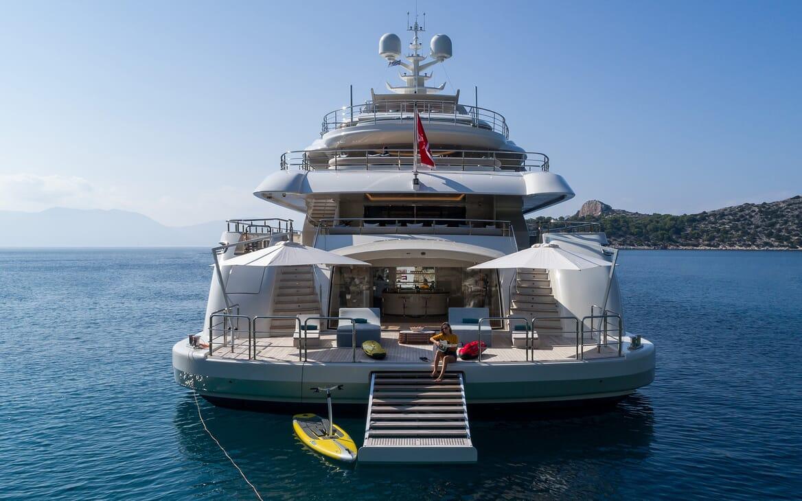 Motor yacht Optasia running rear shot