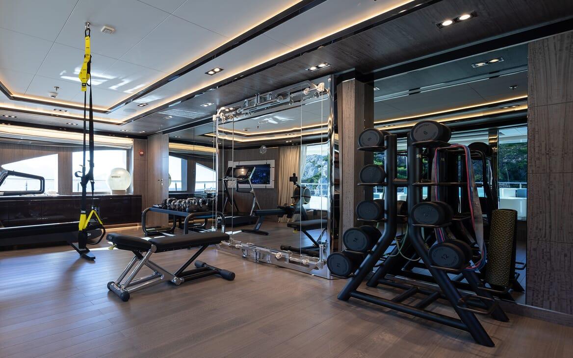 Motor yacht Optasia running gym