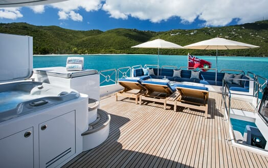 Motor Yacht Lone Star Sun Deck Loungers