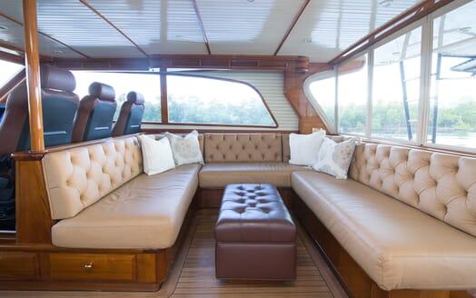 Motor Yacht Little Pipe salon