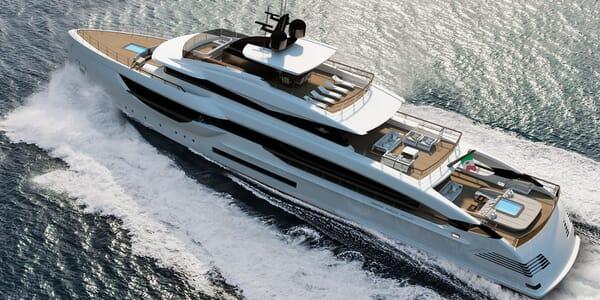 Motor Yacht Blue Runner running shot