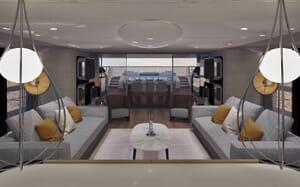 Motor Yacht Blue Runner living area