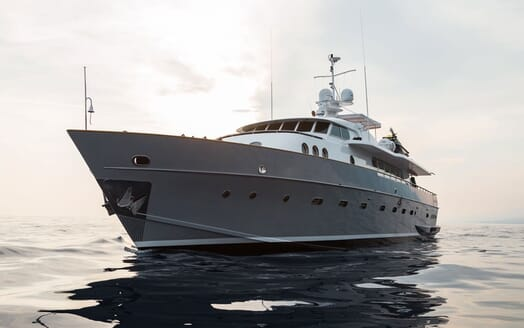 Motor Yacht PAOLUCCI Exterior