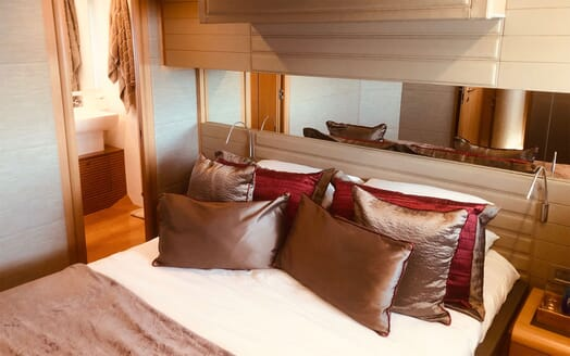 Motor Yacht JPS Guest Double Stateroom